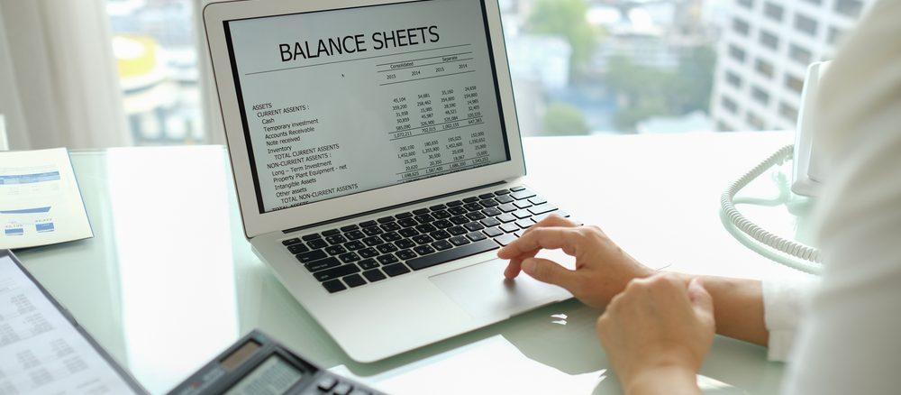 Offerter, tidrapportering och affärssystem för småföretagare